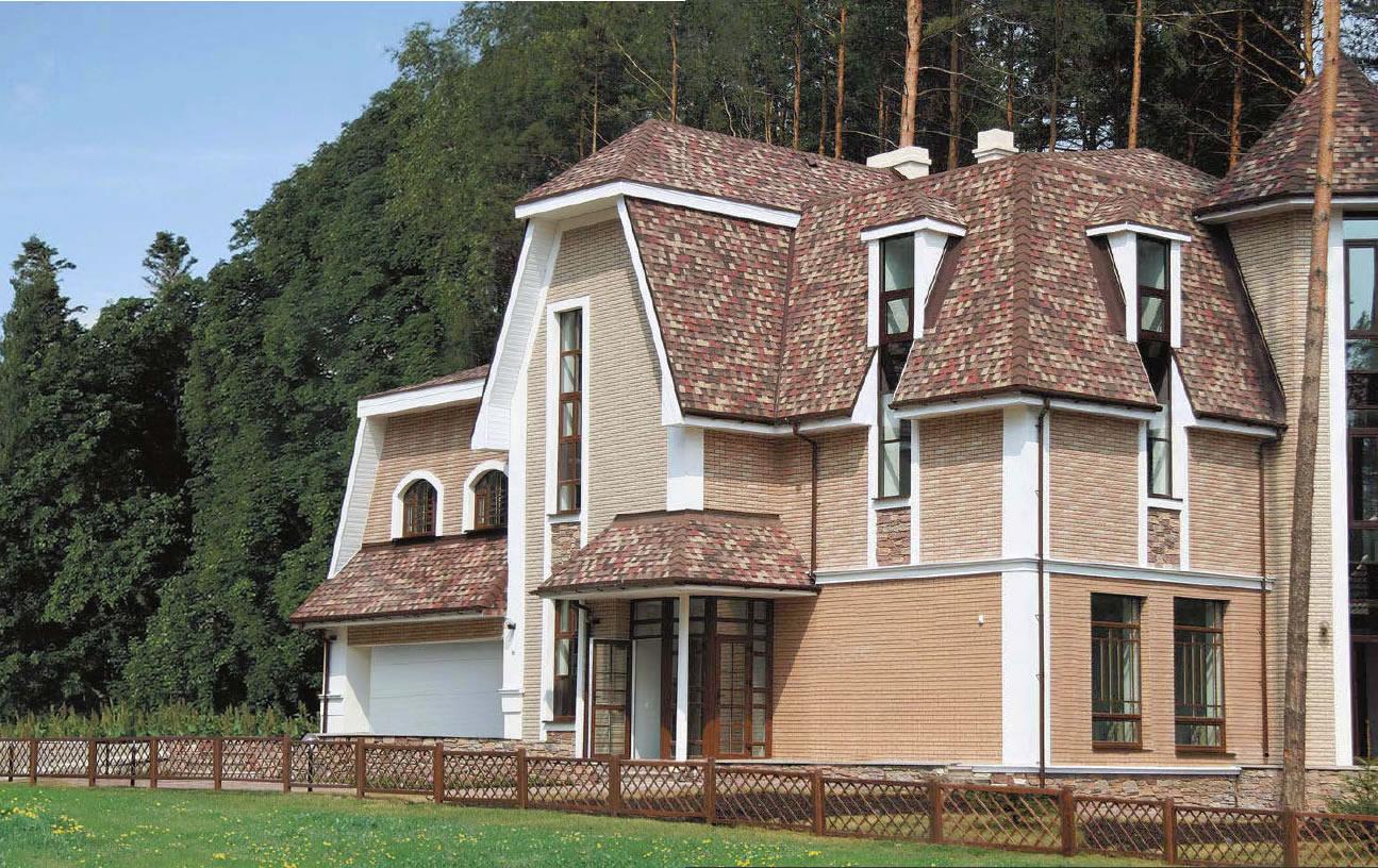 Дом с кровлей из мягкой черепицы