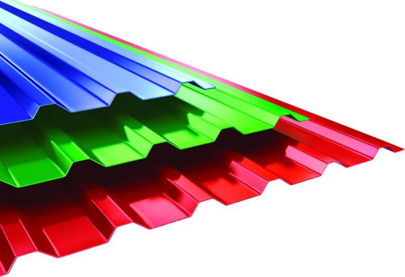 Листы профнастила с полимерным покрытием.